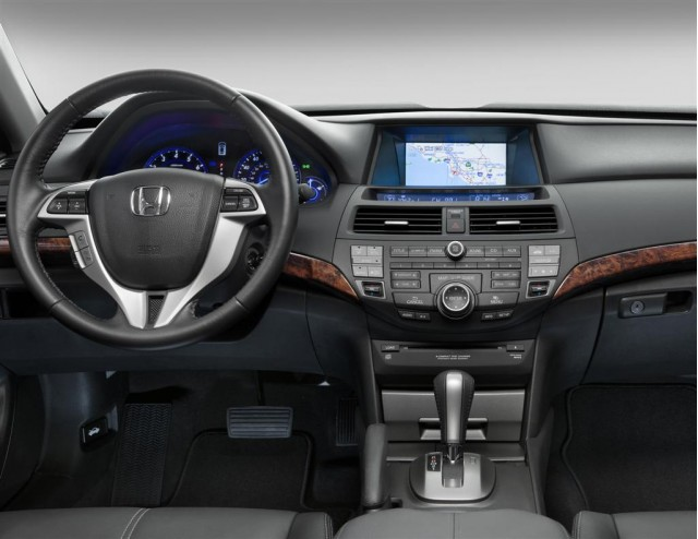 2010 Honda Accord #12