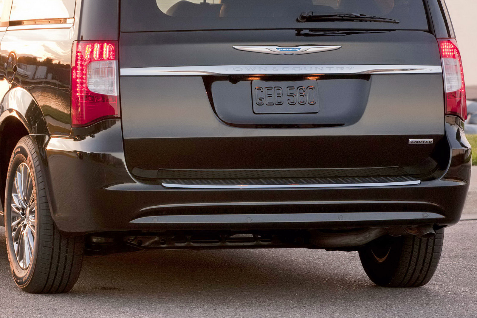 2011 Chrysler Town And Country #15