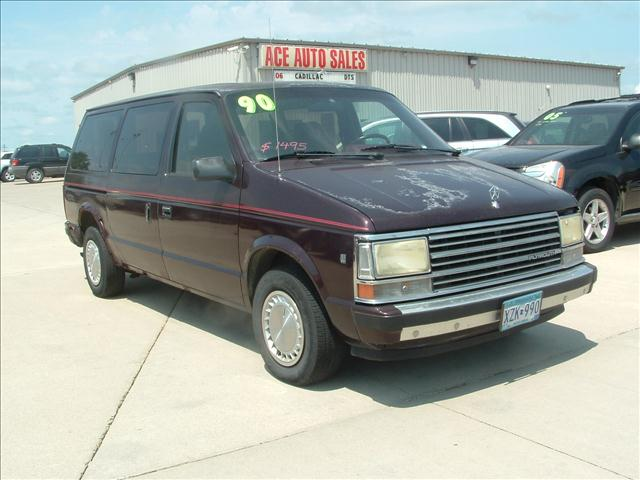 1990 Plymouth Grand Voyager #2