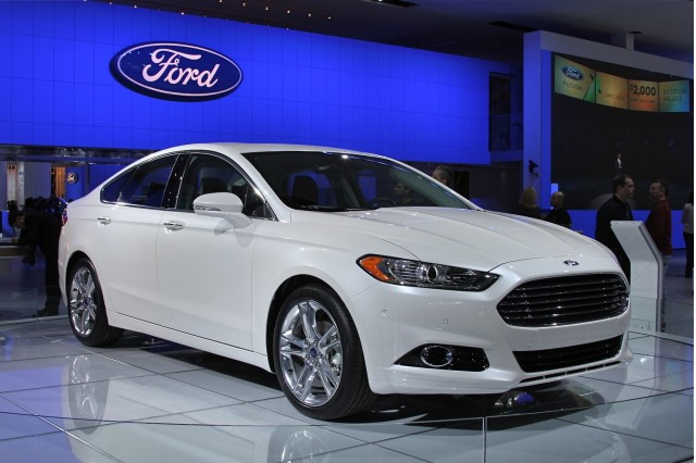 2013 Ford Fusion #8