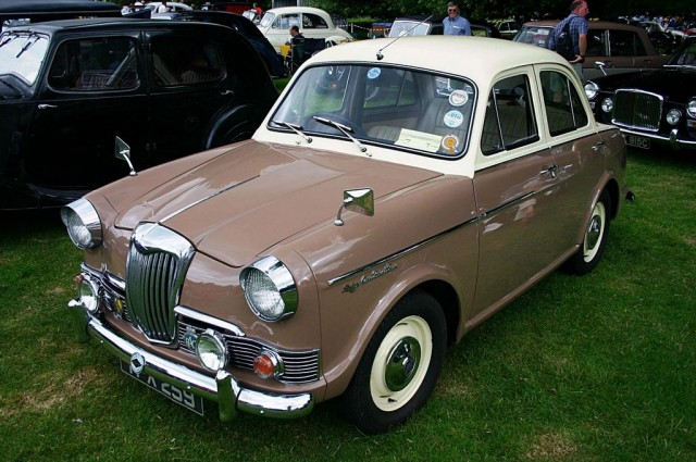 1961 Riley One-Point-Five #9