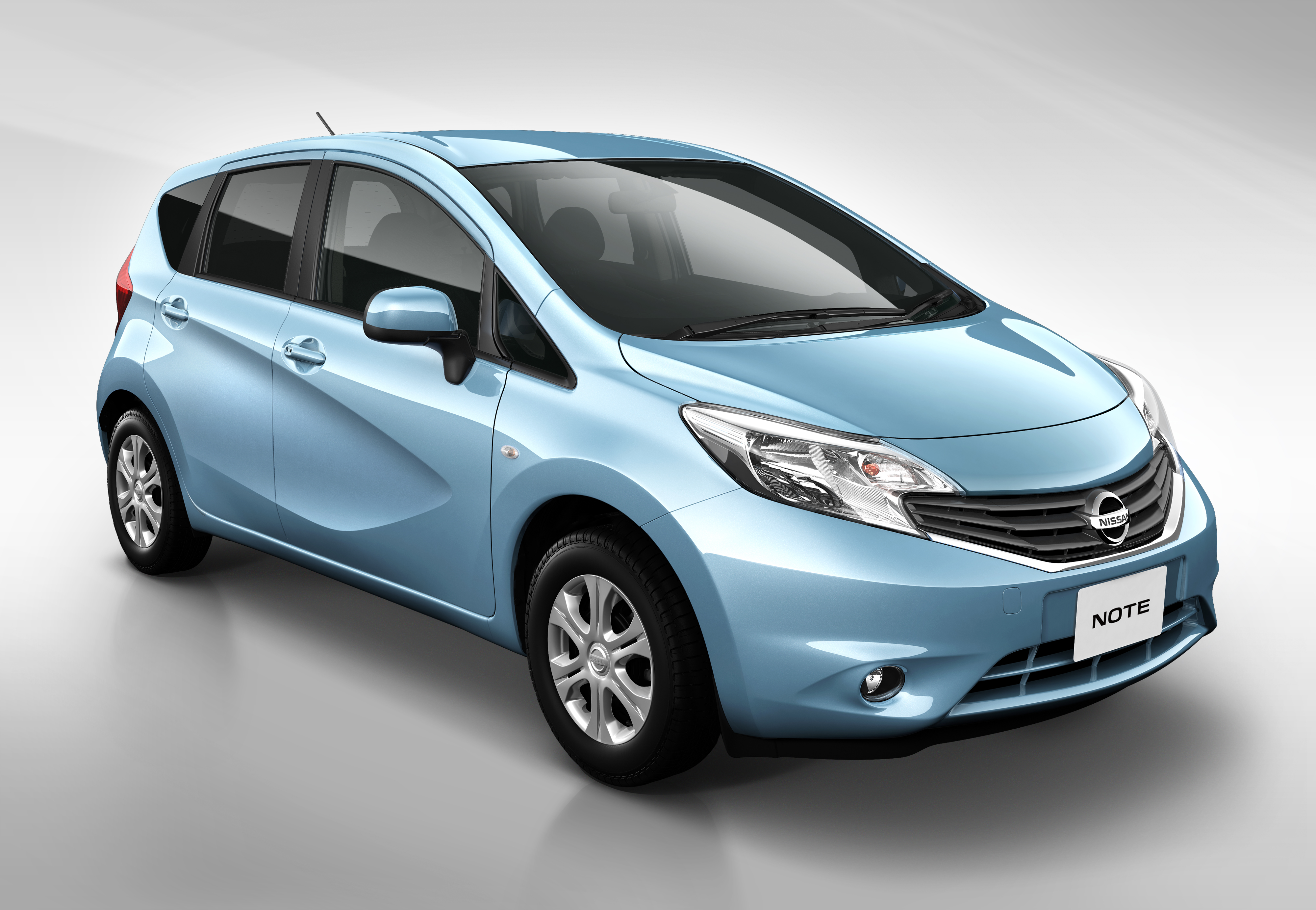 2012 Nissan Note #7
