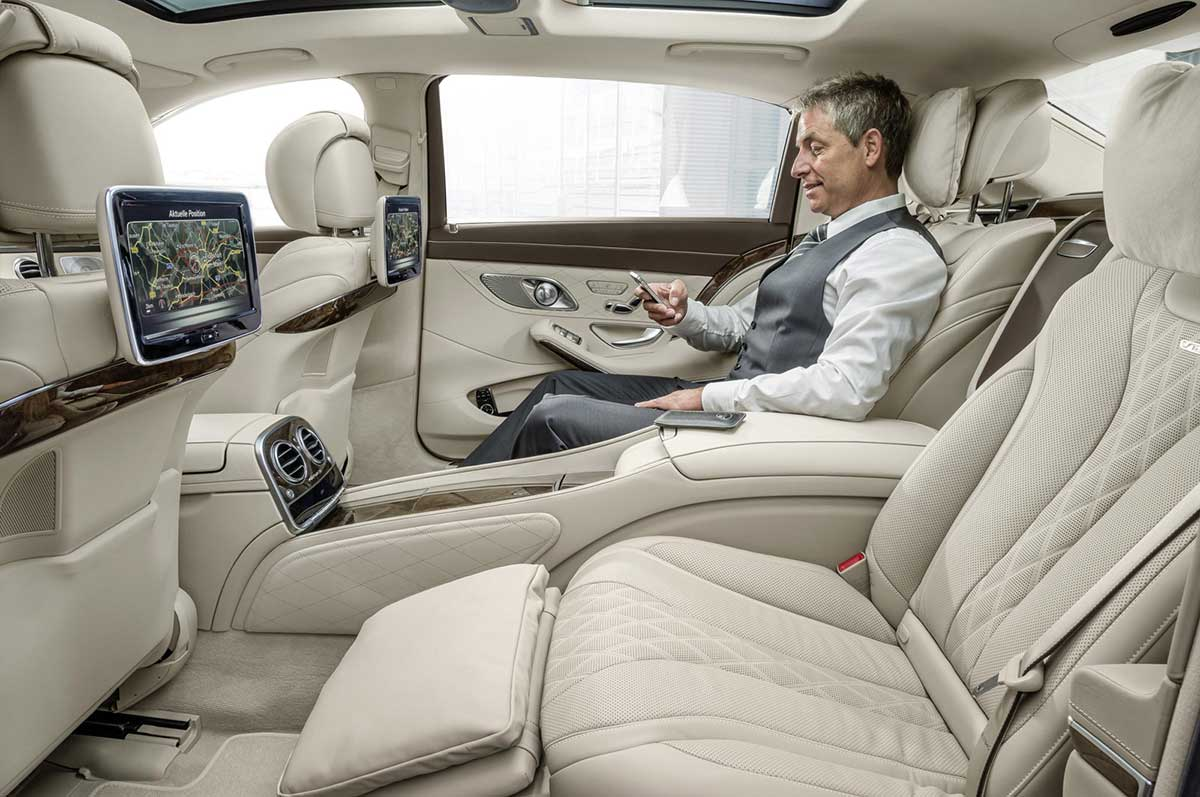 2016 Mercedes-Benz Maybach #14