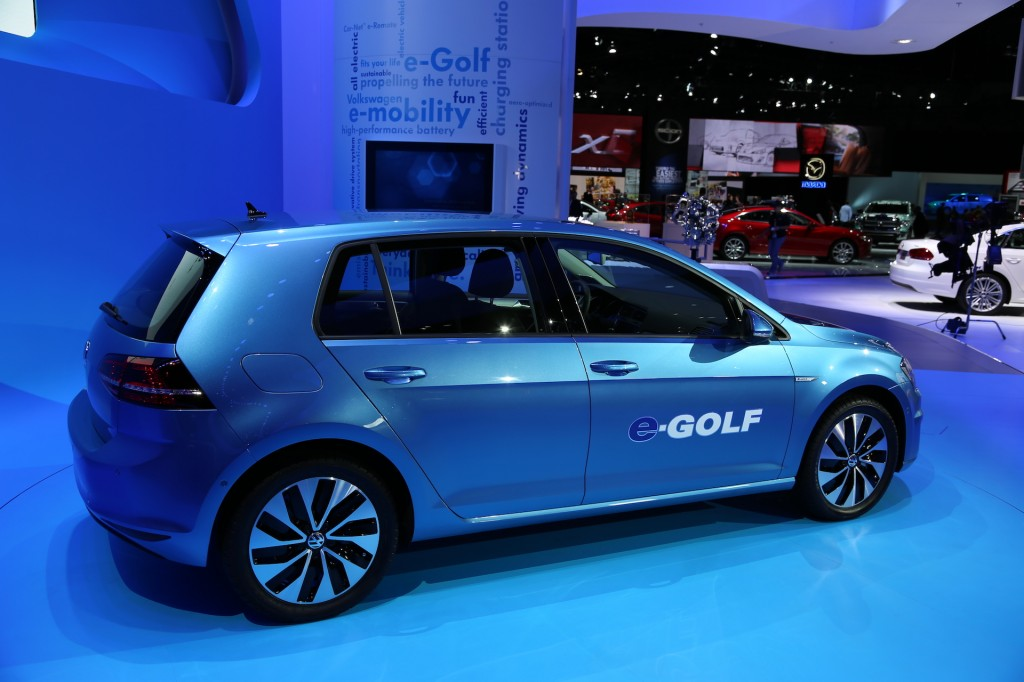 2015 Volkswagen E-golf #17