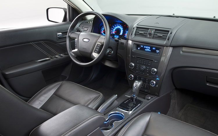 2011 Ford Fusion #11
