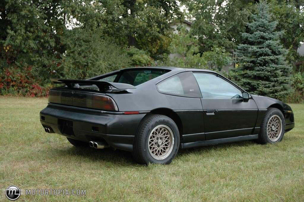 1987 pontiac fiero photos informations articles. Black Bedroom Furniture Sets. Home Design Ideas