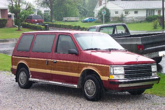 1990 Plymouth Voyager #12