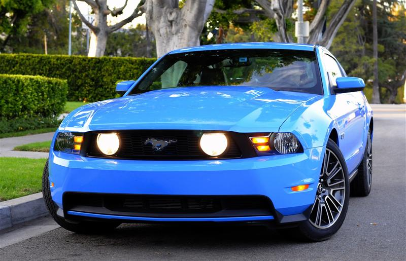 2010 Ford Mustang #13