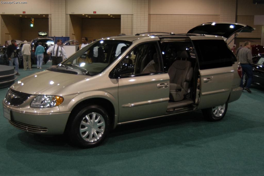 2003 Chrysler Town And Country #5
