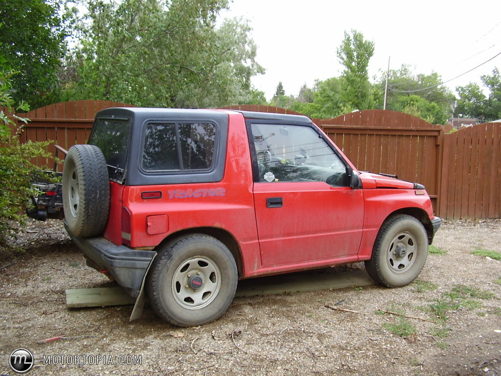 1992 geo tracker photos informations articles. Black Bedroom Furniture Sets. Home Design Ideas
