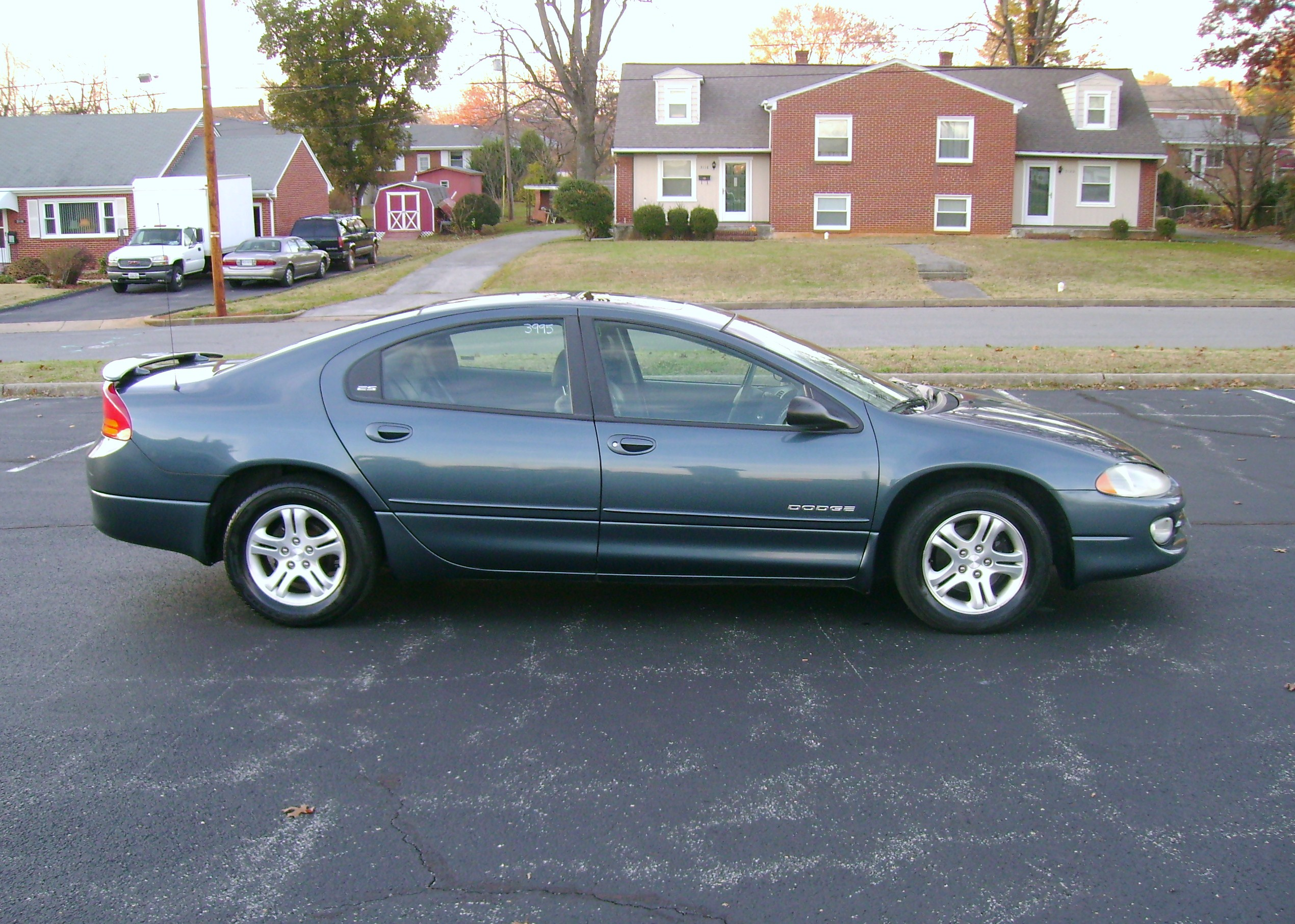 2000 Dodge Intrepid #9