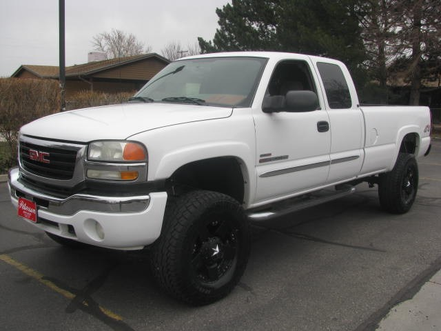 2004 GMC Sierra 2500hd #3