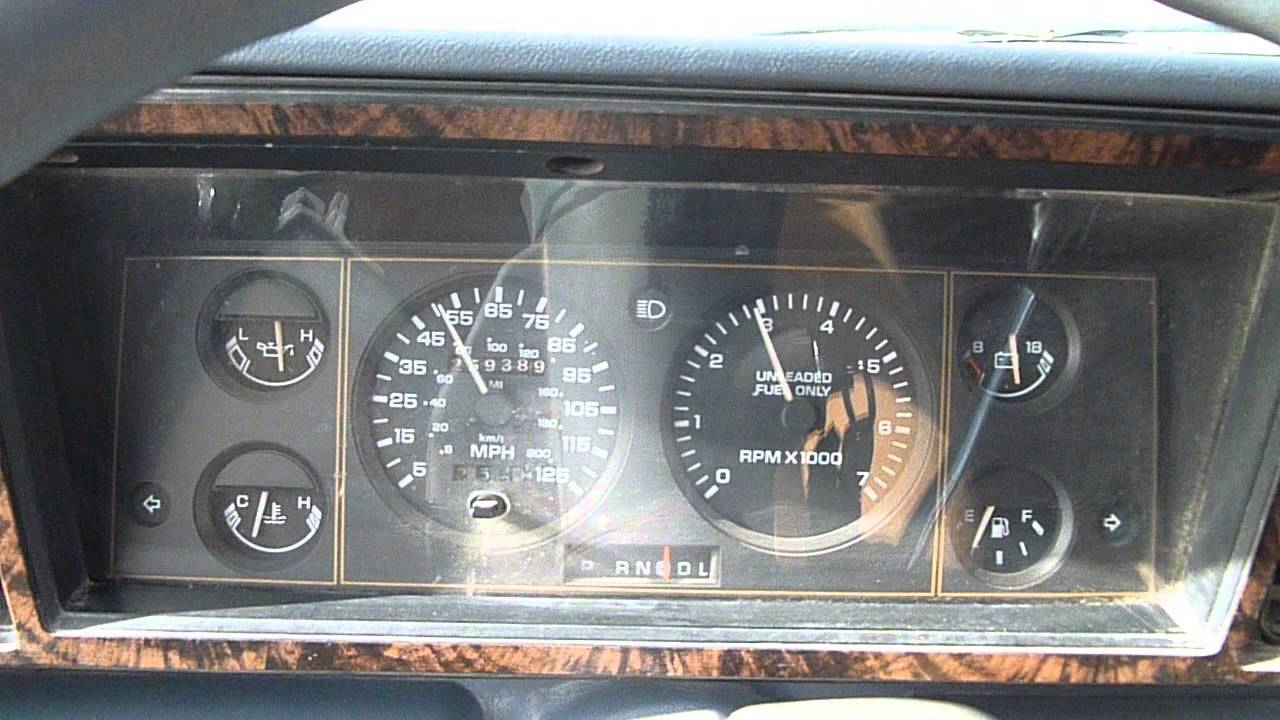 1990 Plymouth Grand Voyager #15