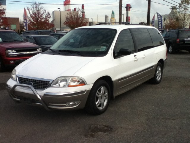 2003 Ford Windstar 10