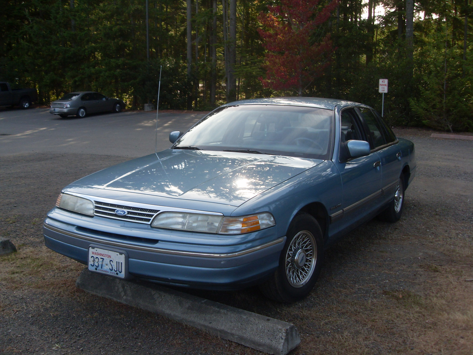 1994 Ford Crown Victoria #7