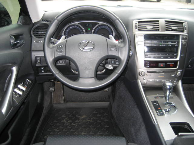 2005 Lexus IS #10