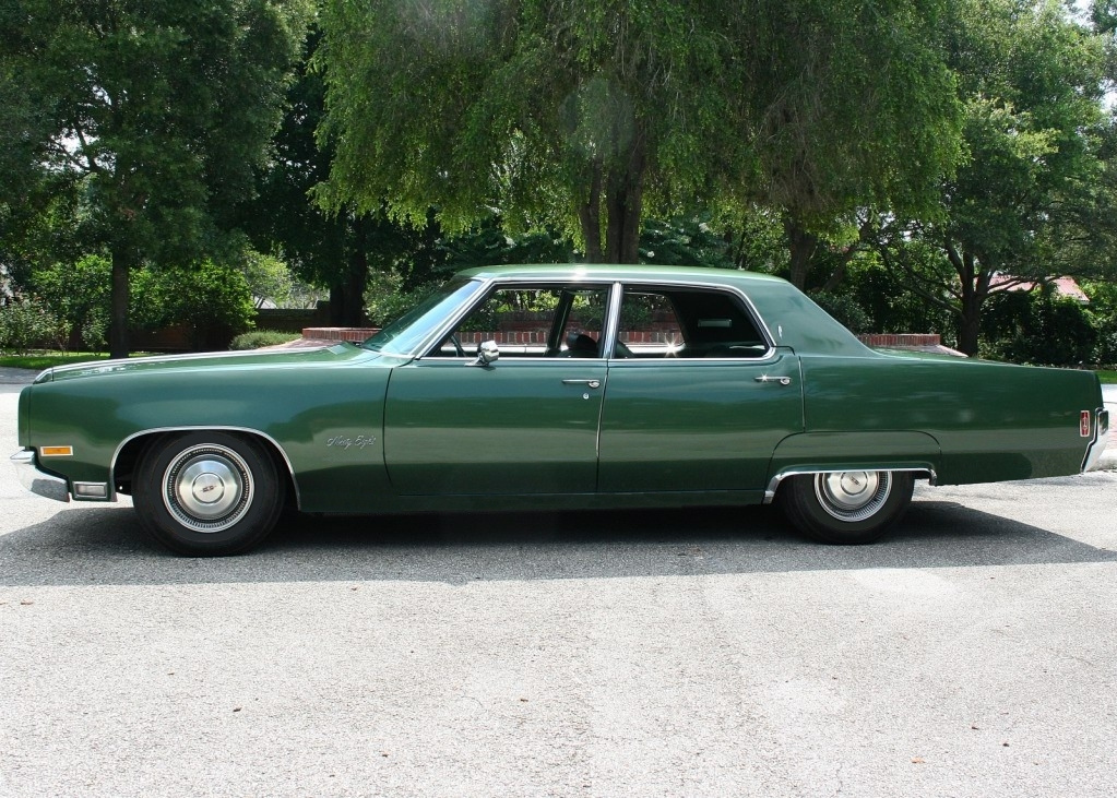 Oldsmobile Ninety-eight #11