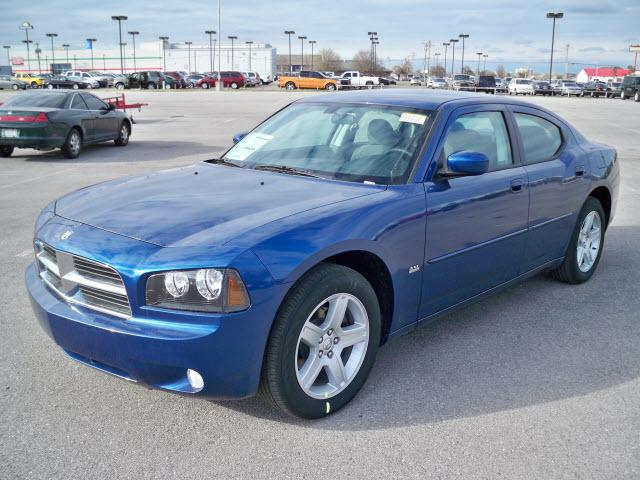 2010 Dodge Charger #13