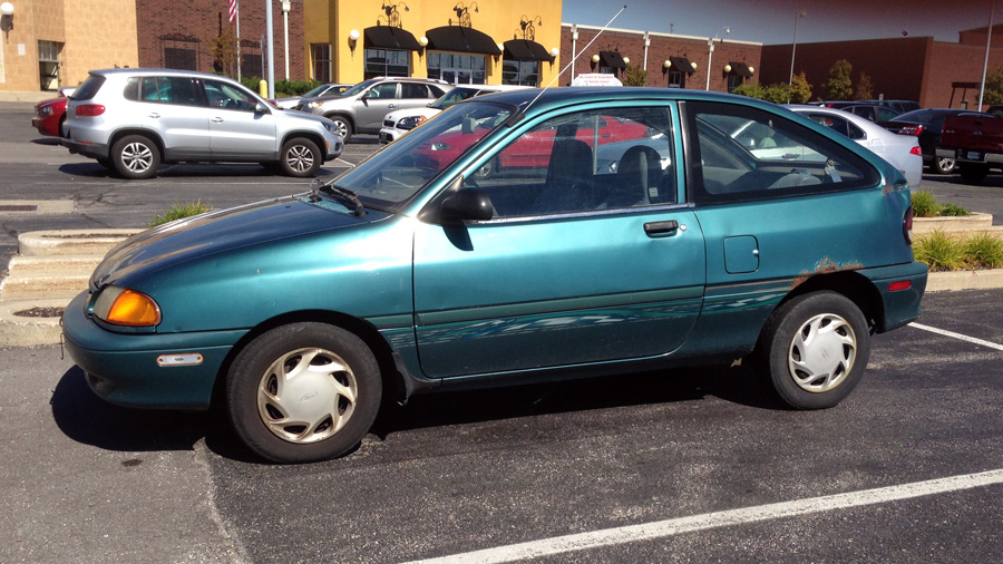1996 Ford Aspire #11