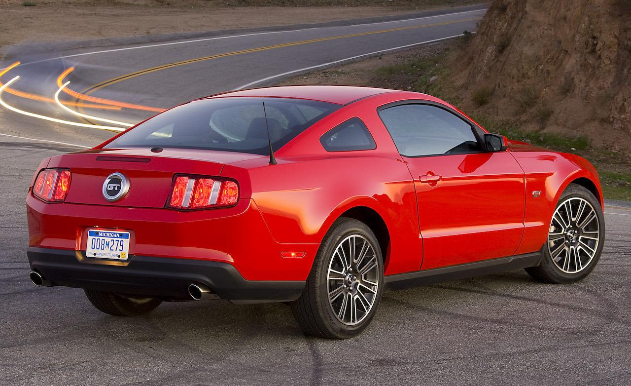 2010 Ford Mustang #11