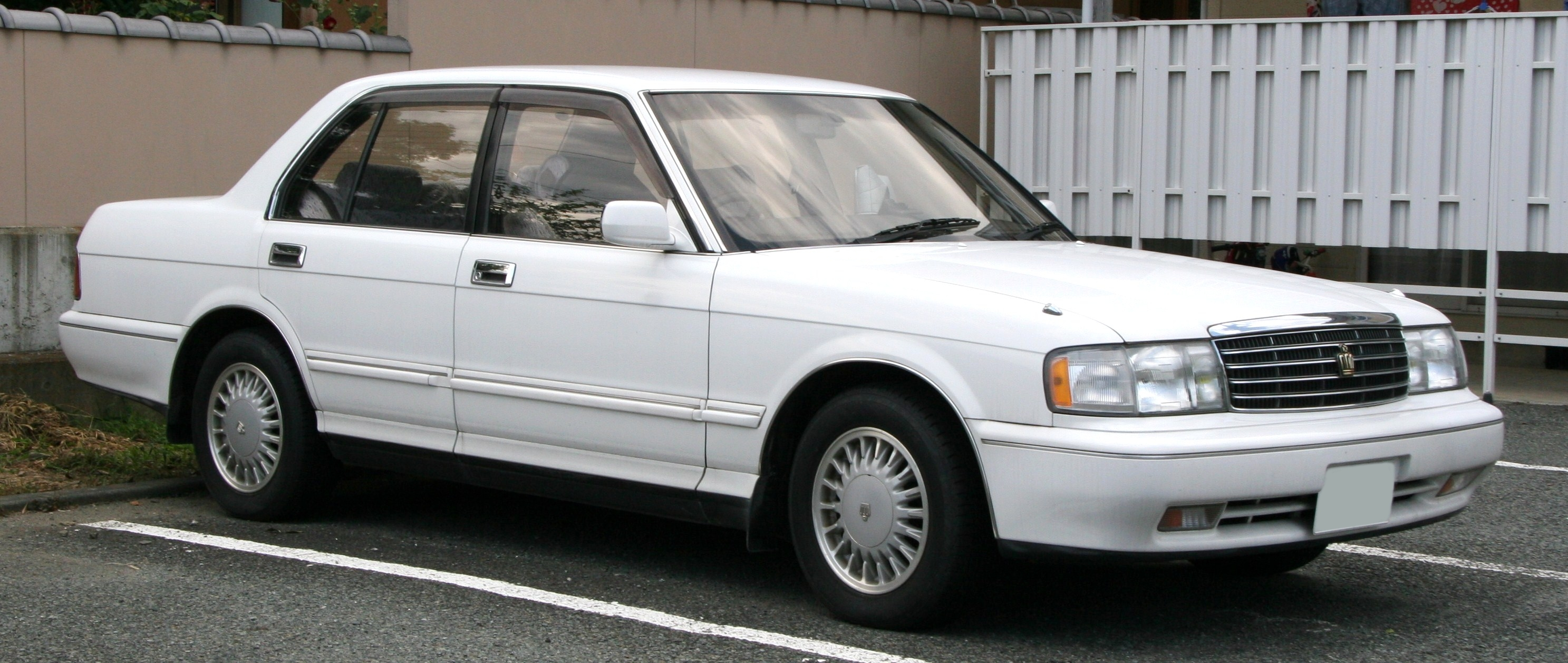 1995 Toyota Crown #6