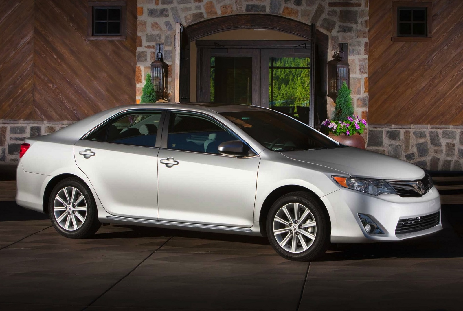 2014 Toyota Camry Photos Informations Articles With Bbs Rims 10