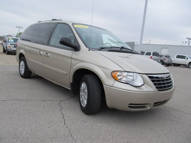2006 Chrysler Town And Country #15
