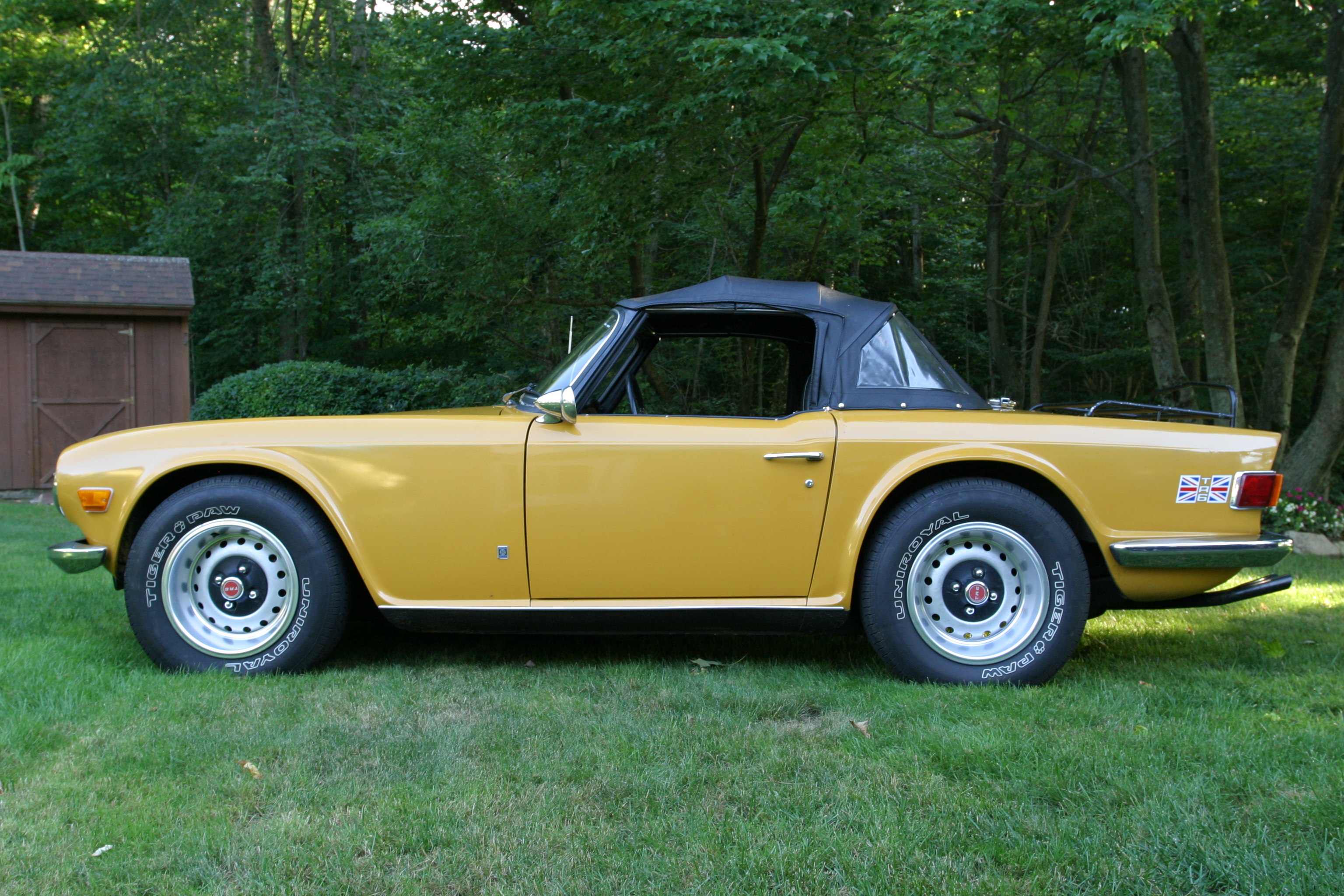 1972 triumph tr6 photos informations articles. Black Bedroom Furniture Sets. Home Design Ideas