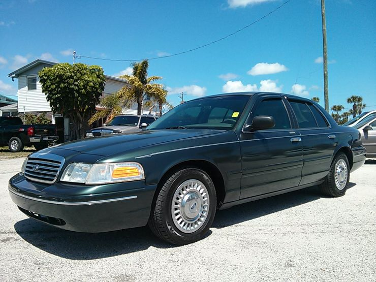 1998 Ford Crown Victoria #17