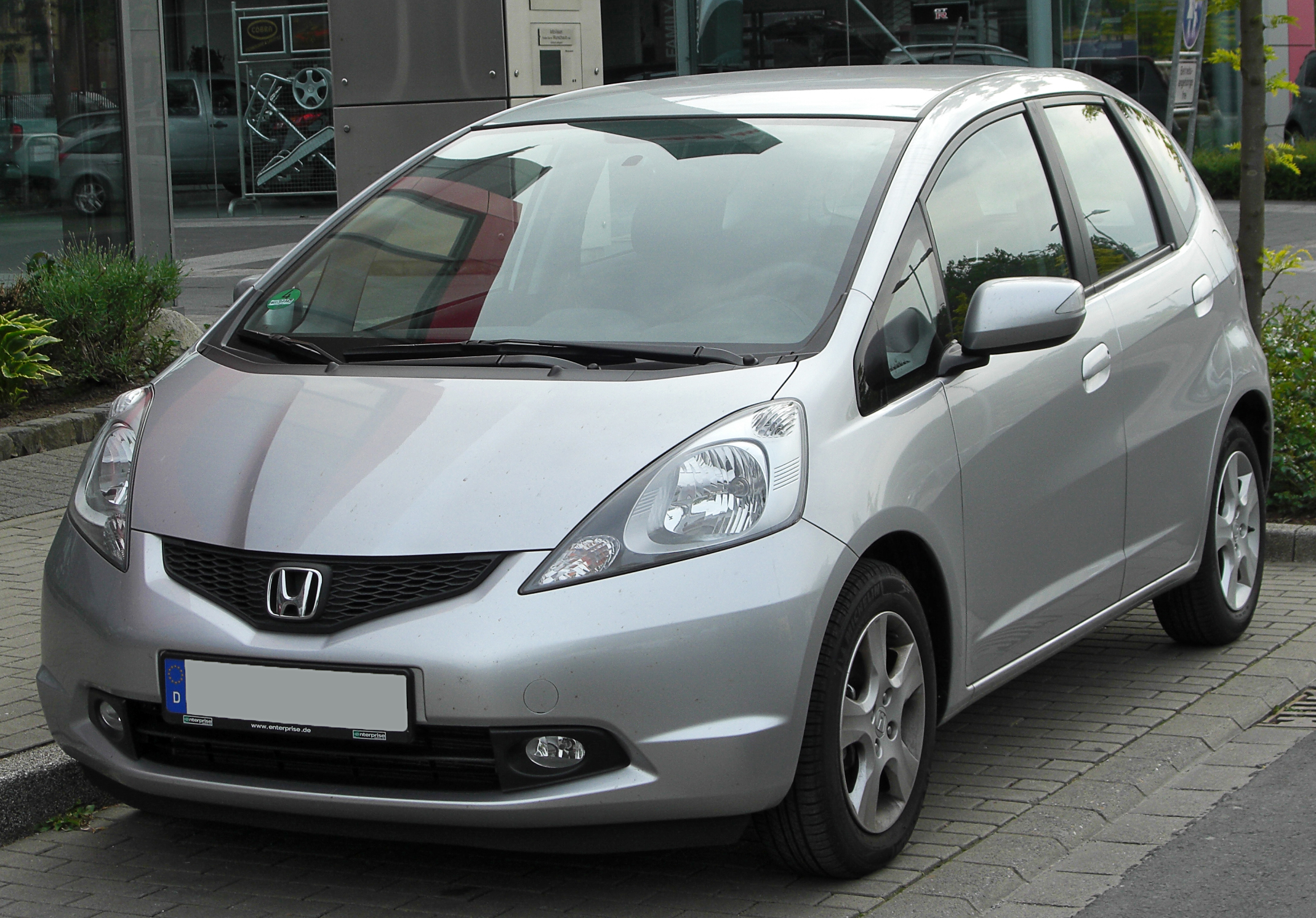 2010 honda jazz photos informations articles. Black Bedroom Furniture Sets. Home Design Ideas