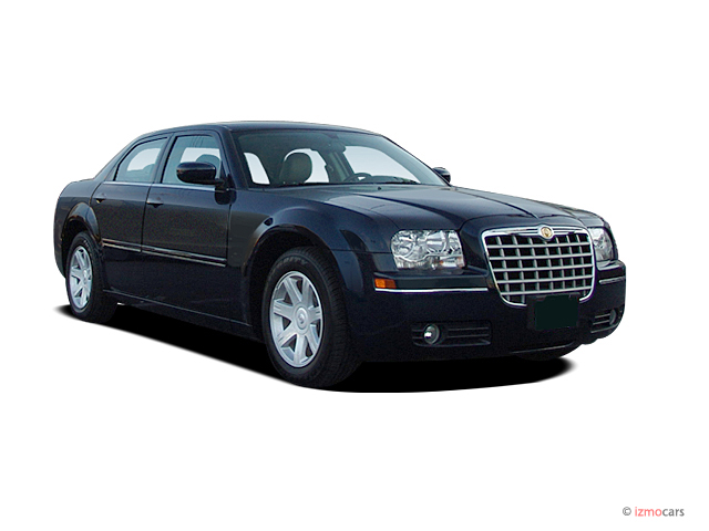 2005 Chrysler 300 #10