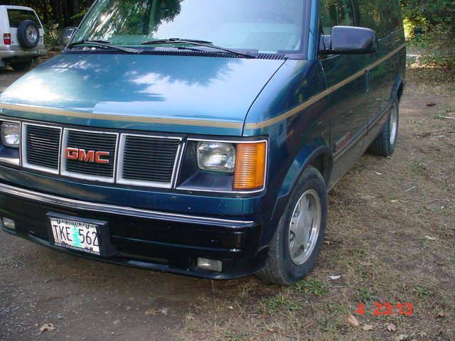 1993 GMC Safari #10