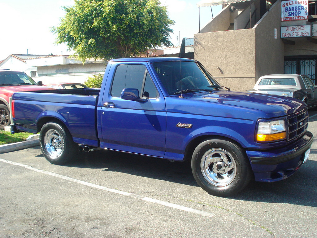 1995 Ford F-150 Svt Lightning #9