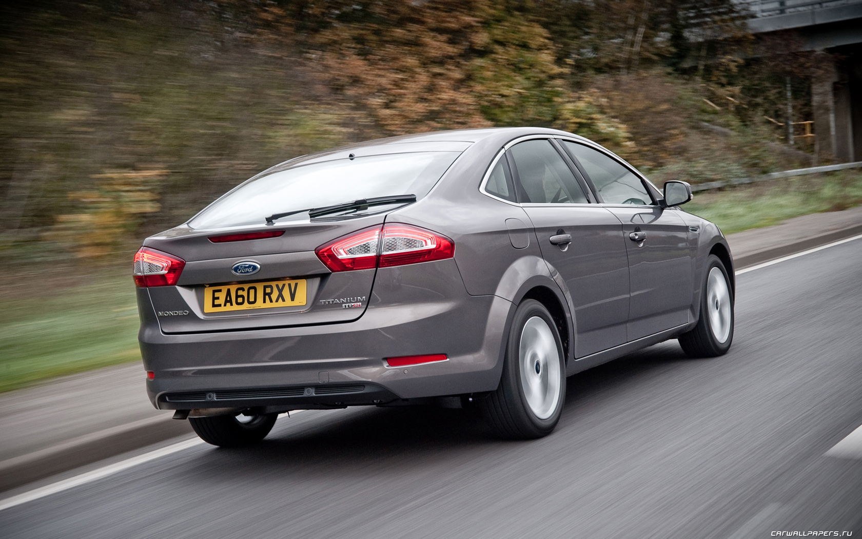 2010 Ford Mondeo #16