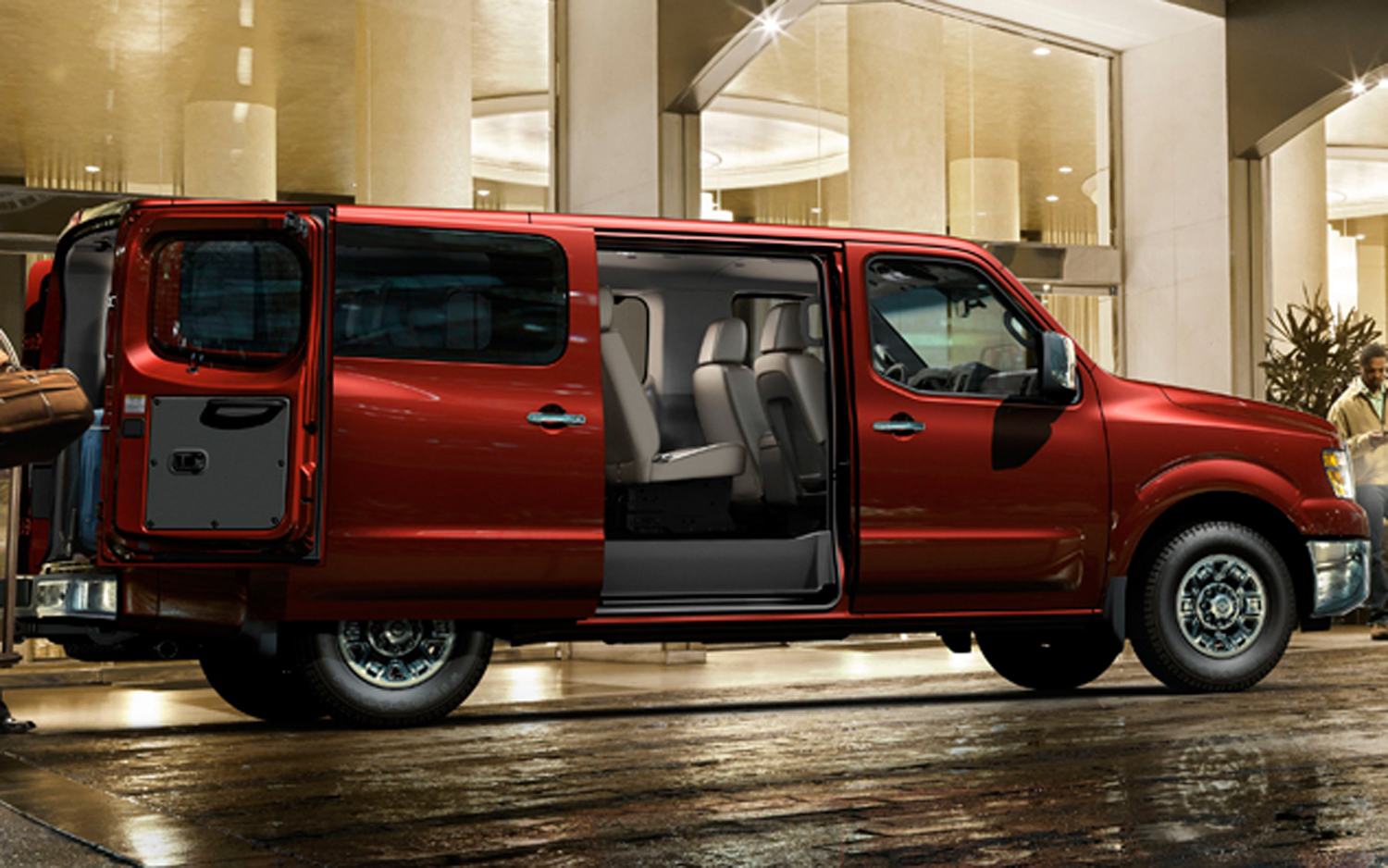 nissan nv passenger photos informations articles. Black Bedroom Furniture Sets. Home Design Ideas