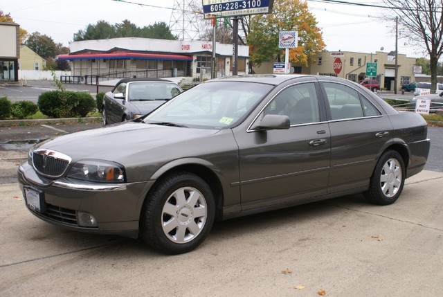 2004 Lincoln Ls #10