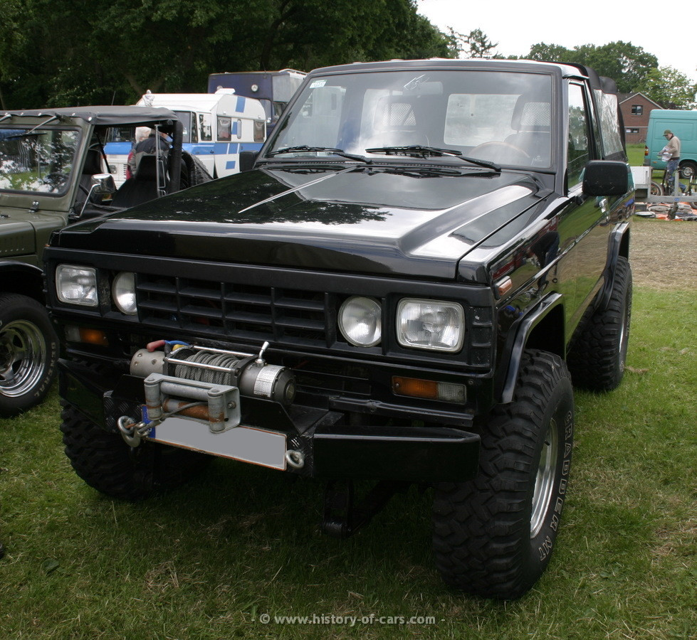 1984 nissan patrol photos informations articles. Black Bedroom Furniture Sets. Home Design Ideas