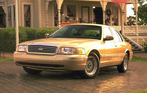 1999 Ford Crown Victoria #9