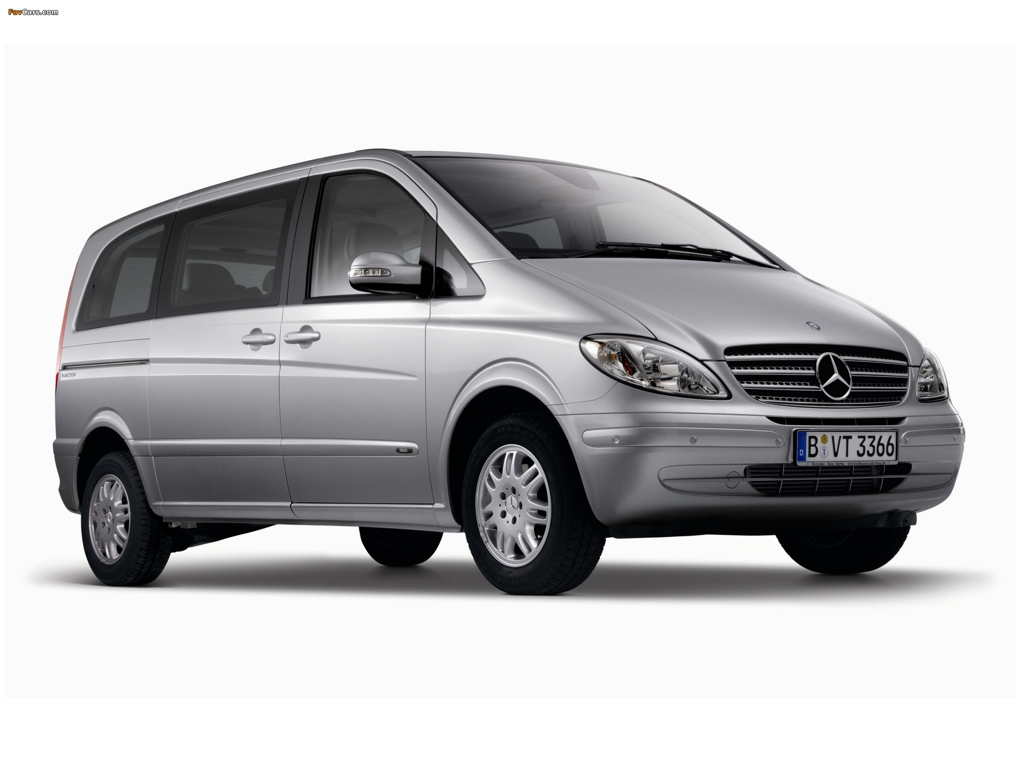 2003 Mercedes-Benz Viano #1