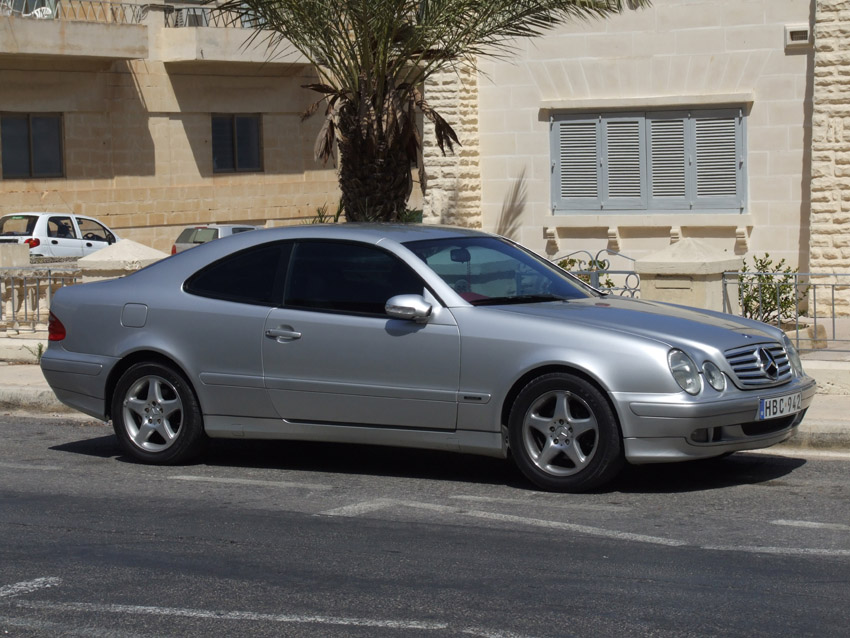 2003 Mercedes-Benz CLK #1
