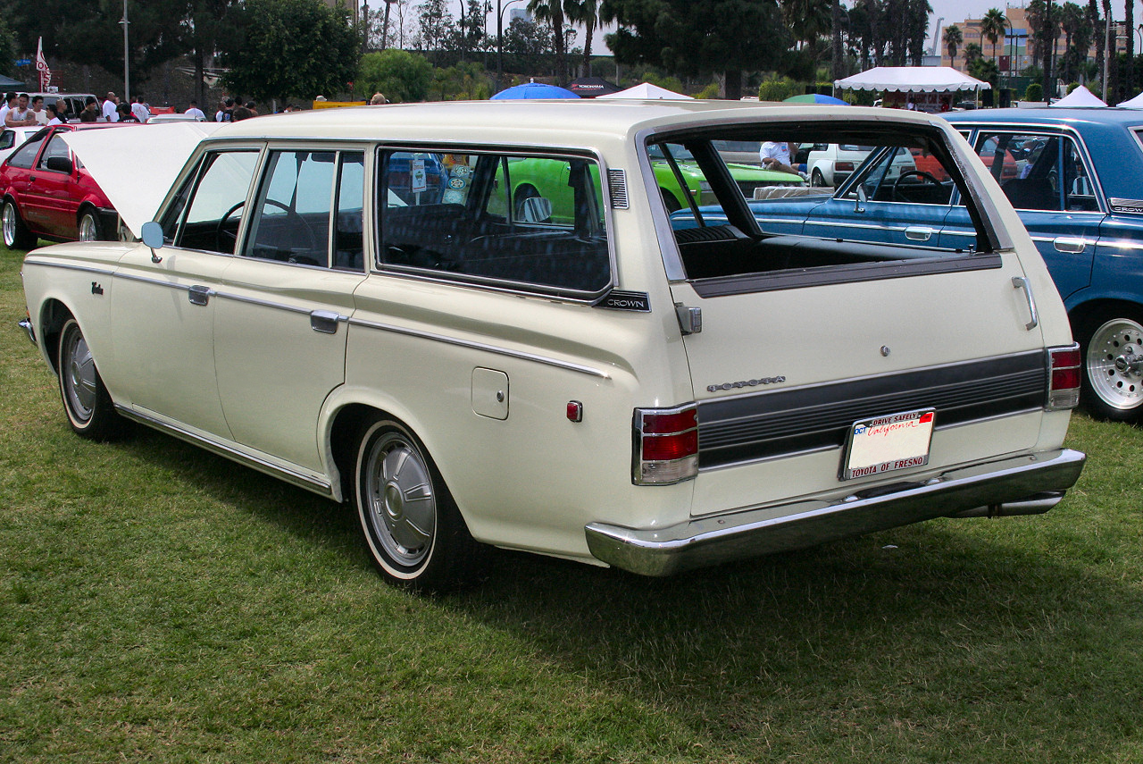 1969 Toyota Crown #10