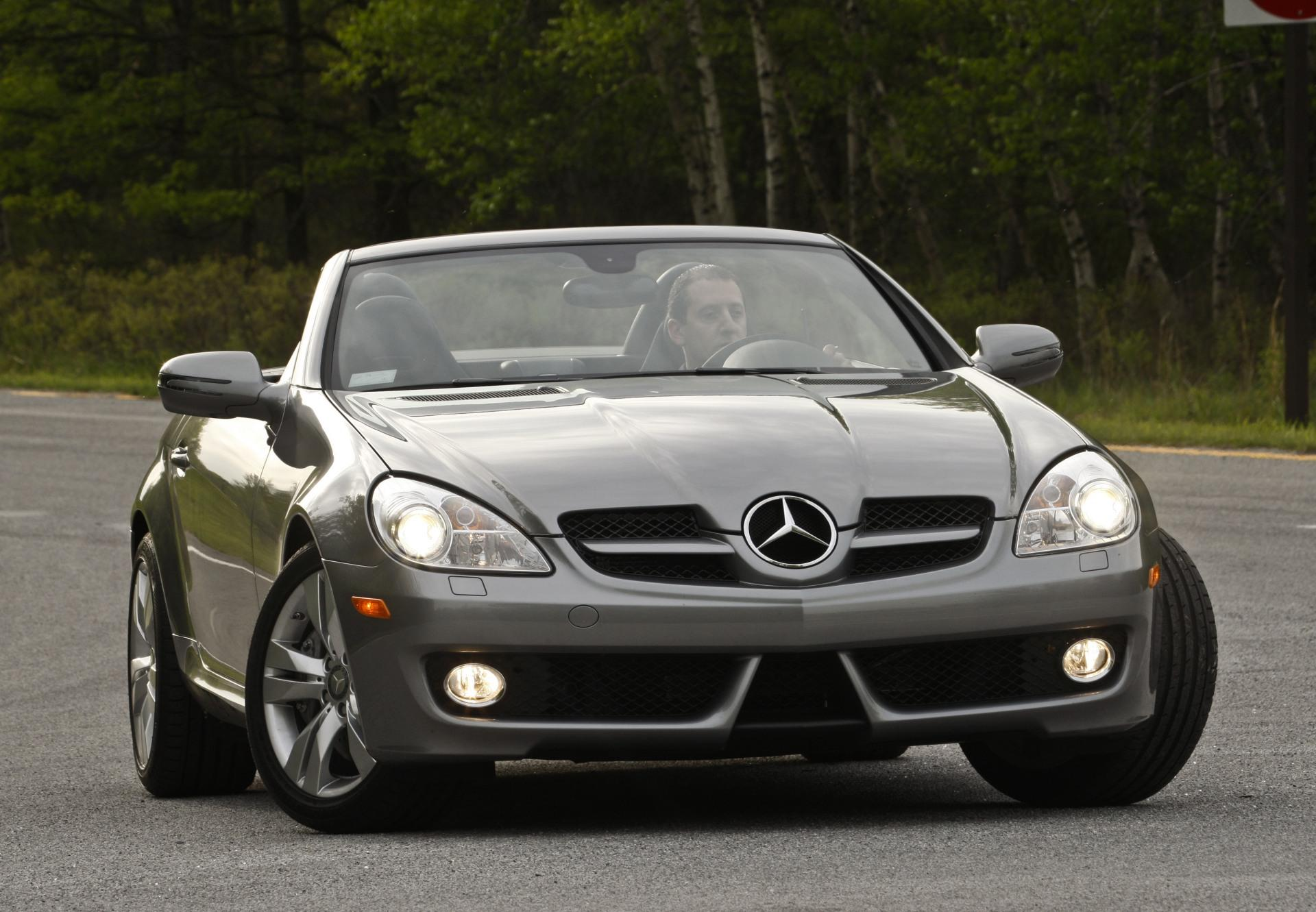 2011 mercedes benz slk photos informations articles. Black Bedroom Furniture Sets. Home Design Ideas