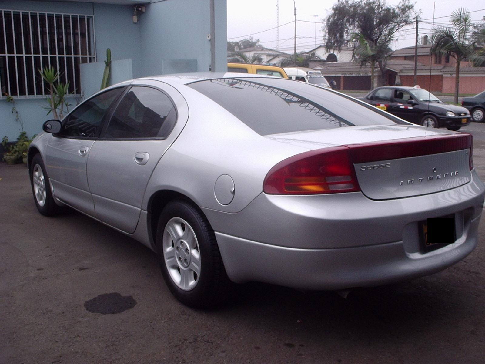 2004 Dodge Intrepid #2
