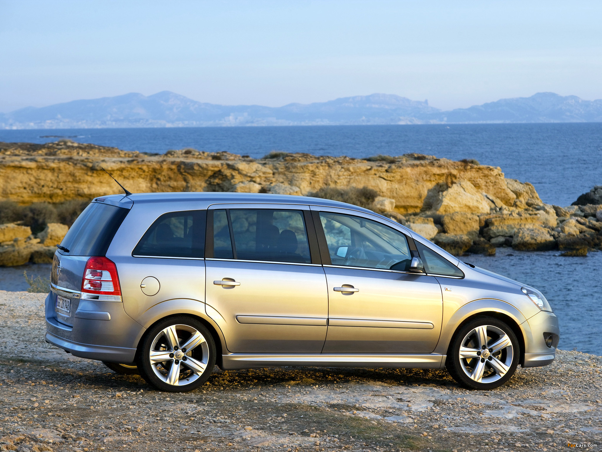 2008 opel zafira photos informations articles. Black Bedroom Furniture Sets. Home Design Ideas