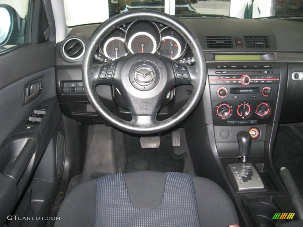 2004 mazda mazda3 photos informations articles. Black Bedroom Furniture Sets. Home Design Ideas