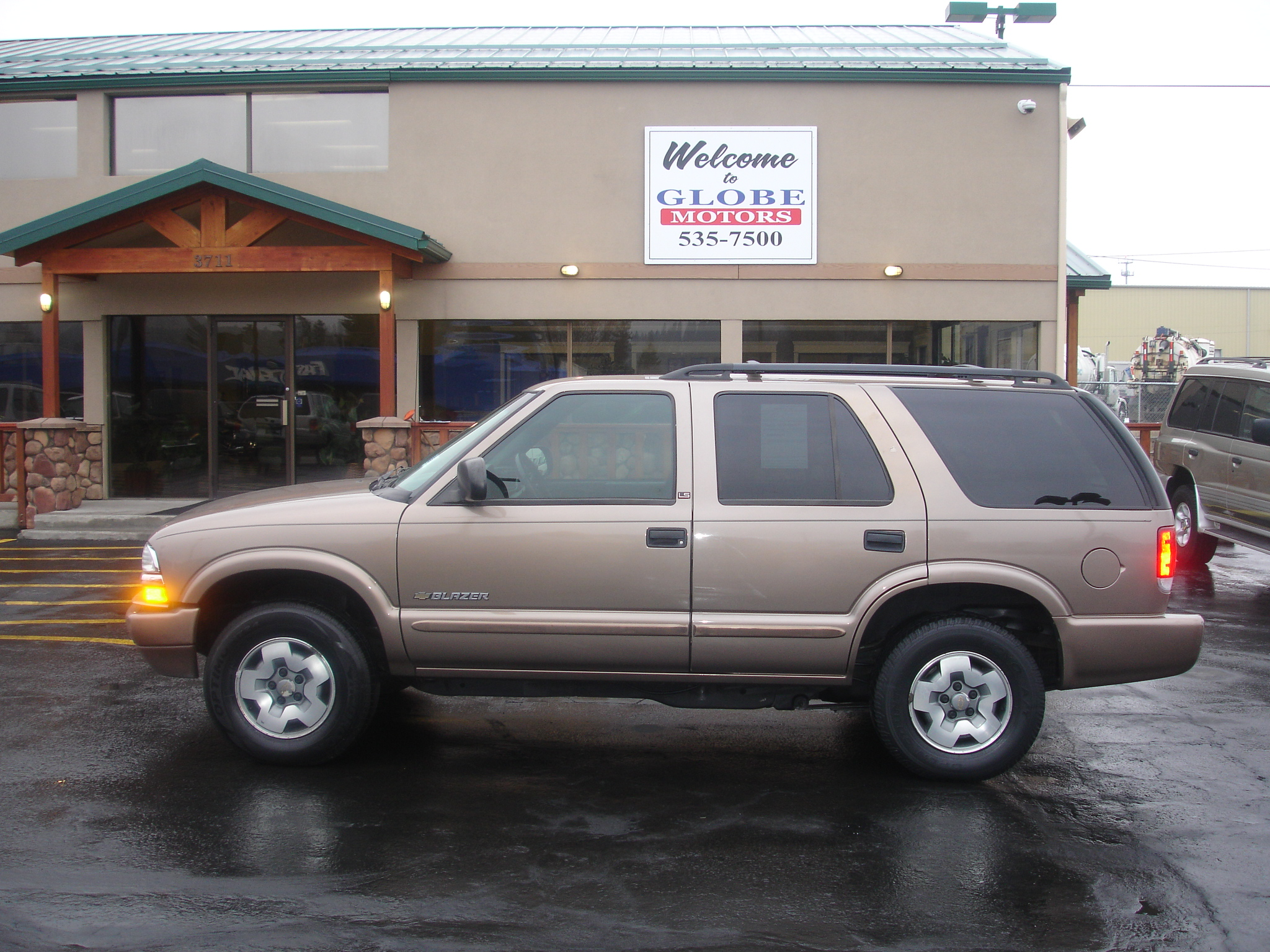 2003 chevrolet blazer photos informations articles bestcarmag com 2003 chevrolet blazer photos
