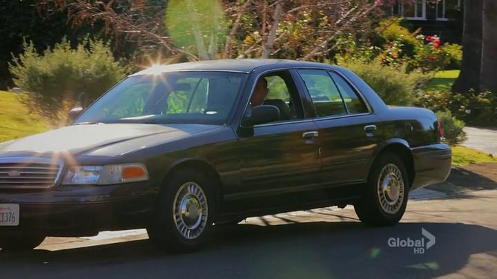 1998 Ford Crown Victoria #19