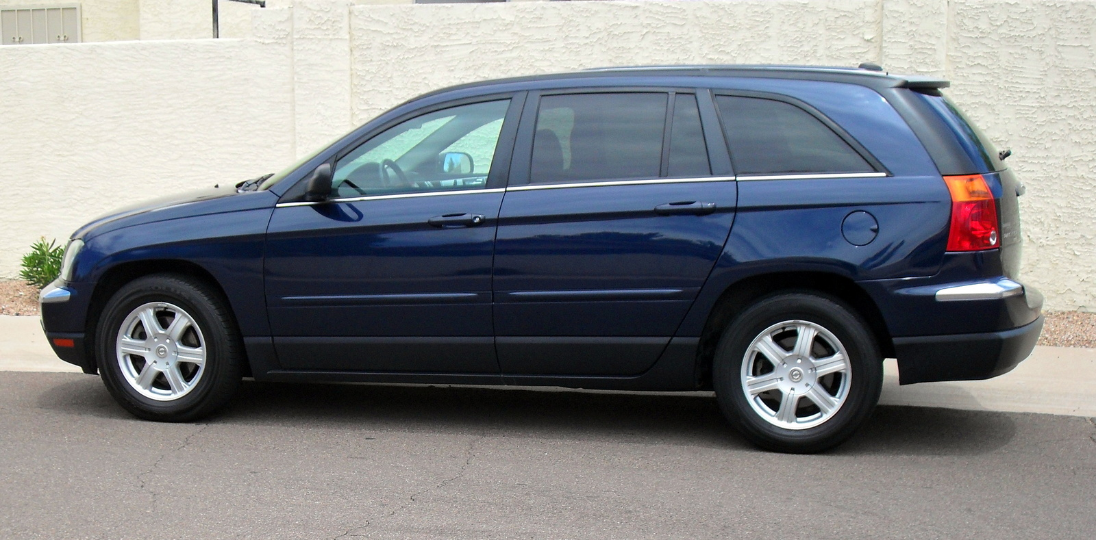 2005 Chrysler Pacifica #15