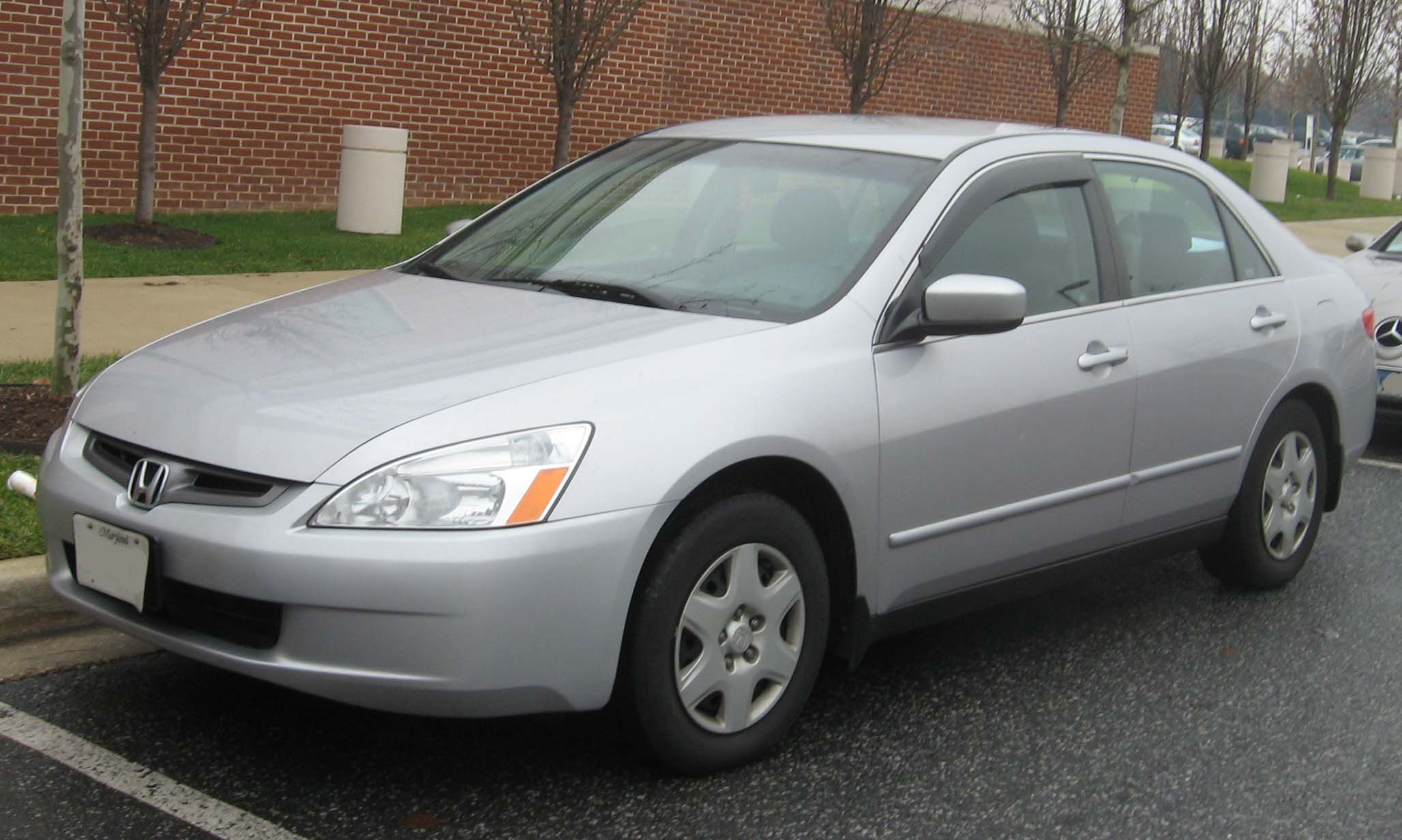 2004 Honda Accord #9
