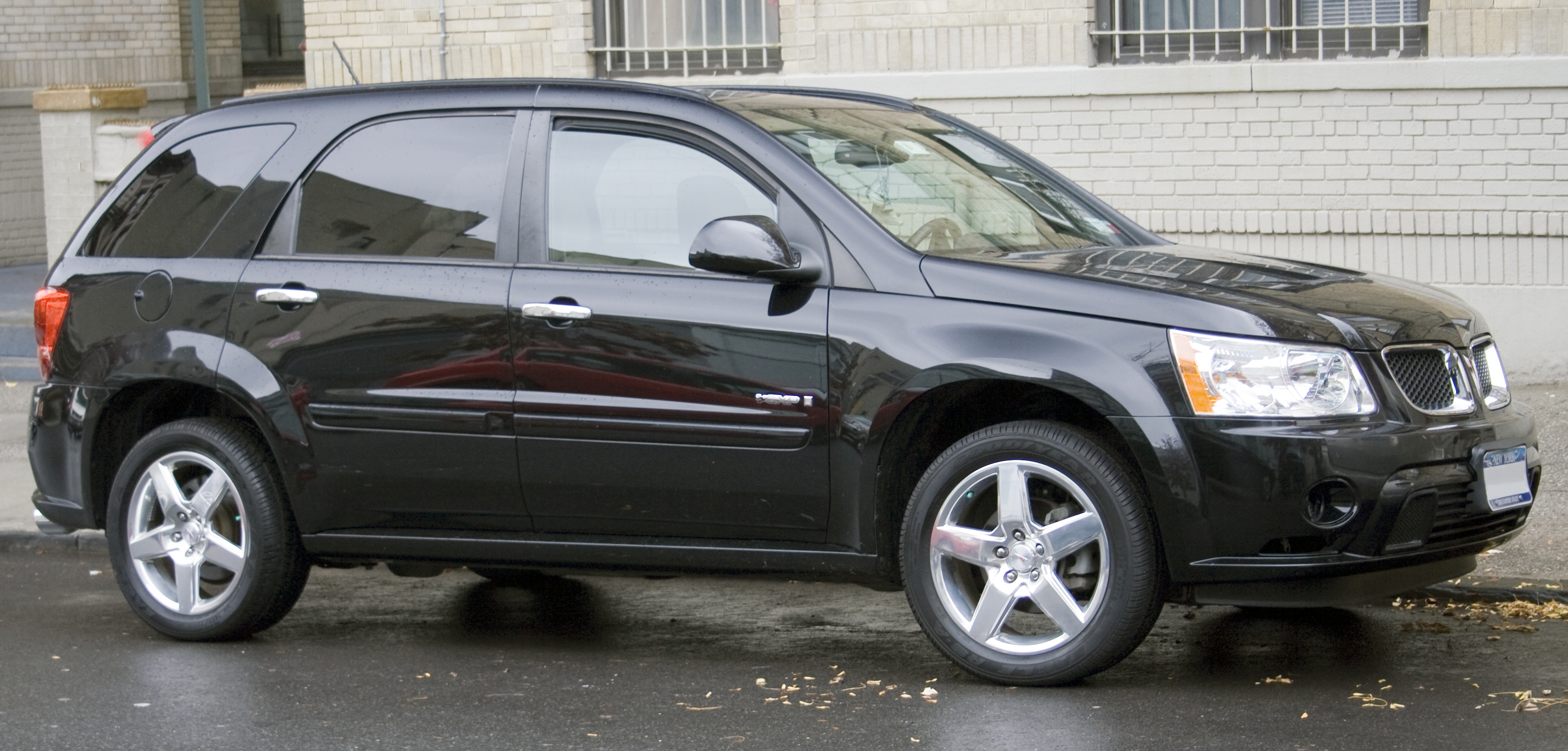 2009 Pontiac Torrent #4